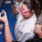 Estudiantes de educacion especial descubrieron las ciencias en el taller ofrecido en la unidad rodante